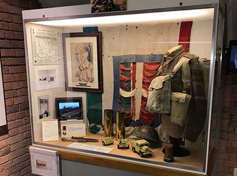"Queens Royal Lancers museum (""Thoresby hall"")"